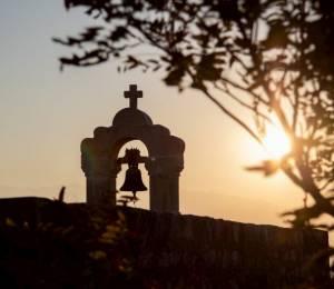 2020-campanario-iglesia-702x526